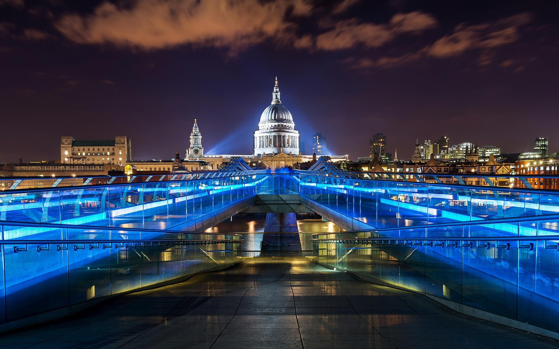 Wonderful Wallpaper Macbook London - a-beautiful-night-in-london-blue-lights-2880x1800  Pictures_852097.jpg