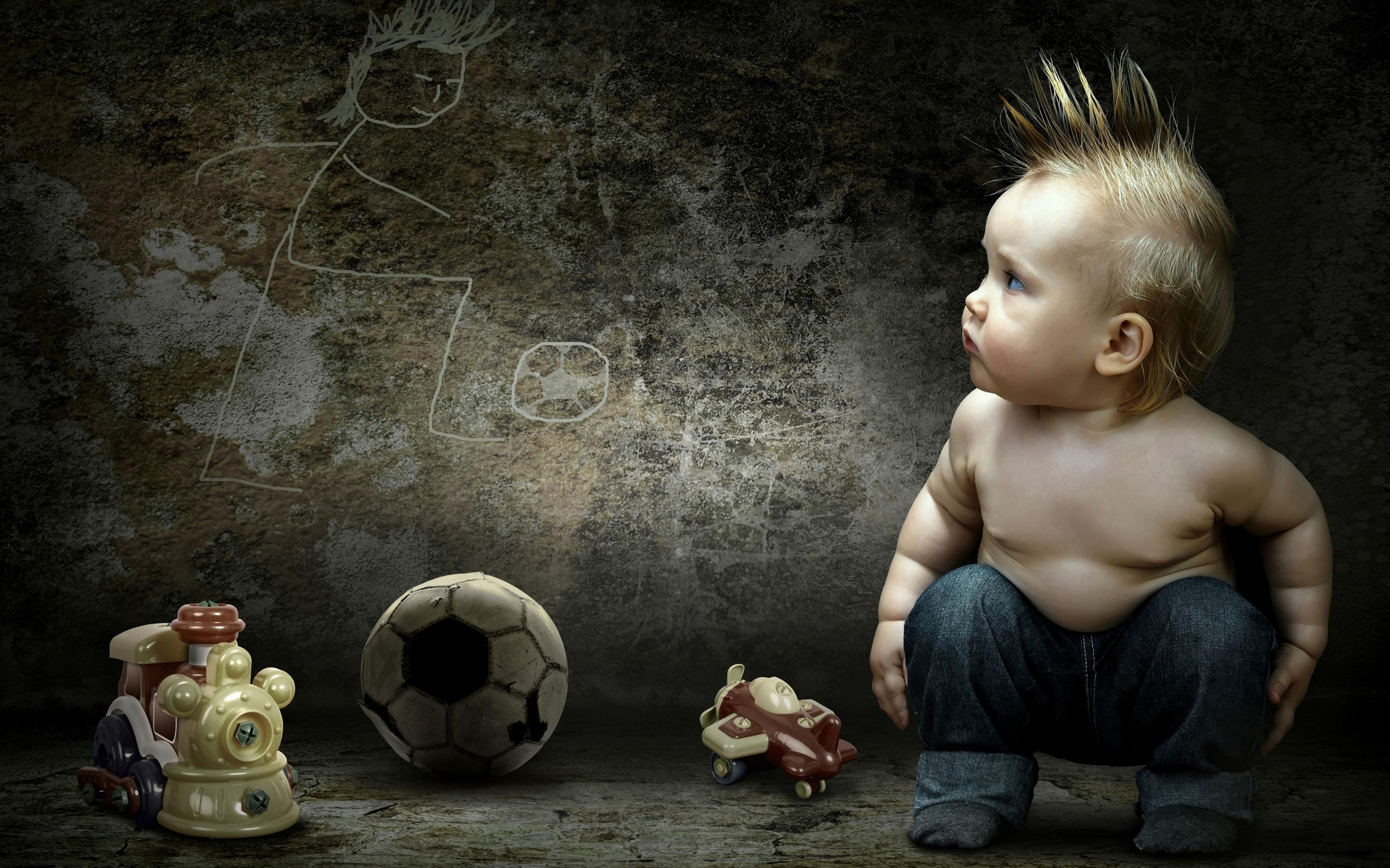 a sweet baby boy with crest loves football wallpaper download 2880x1800