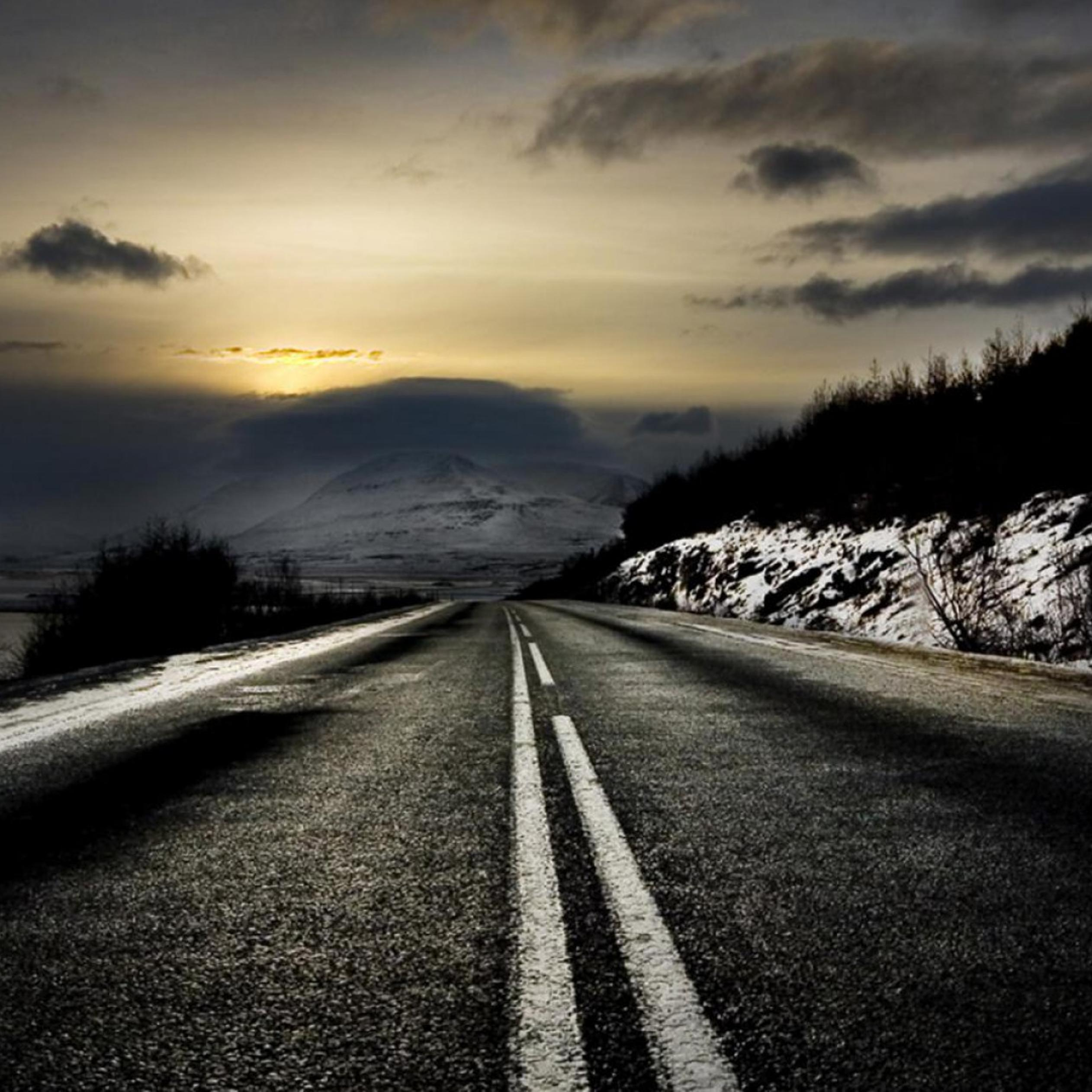 Black Night And Dark Road In Winter Season Wallpaper Download 2524x2524