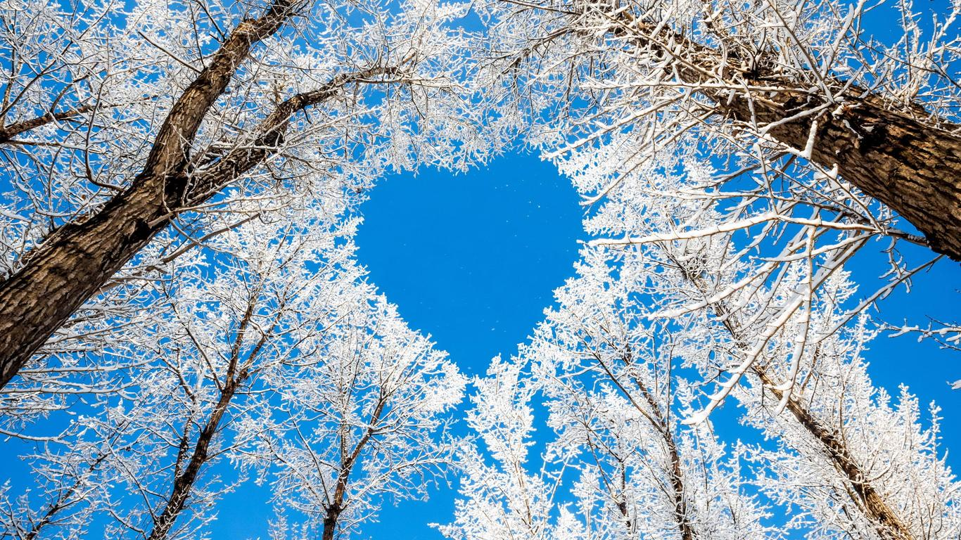 blue heart on the sky - hd winter wallpaper wallpaper download 1366x768