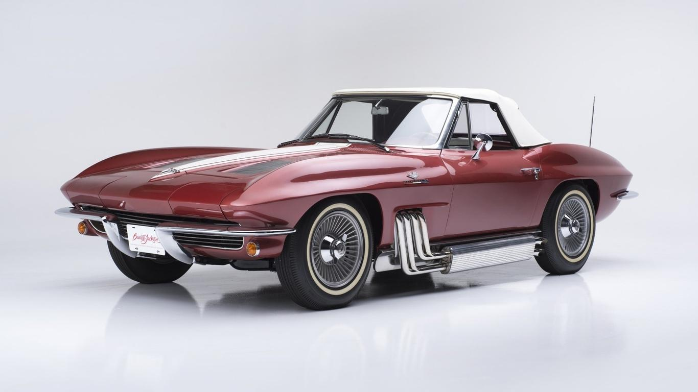 Burgundy Chevrolet Corvette Stingray Wallpaper Download 1366x768