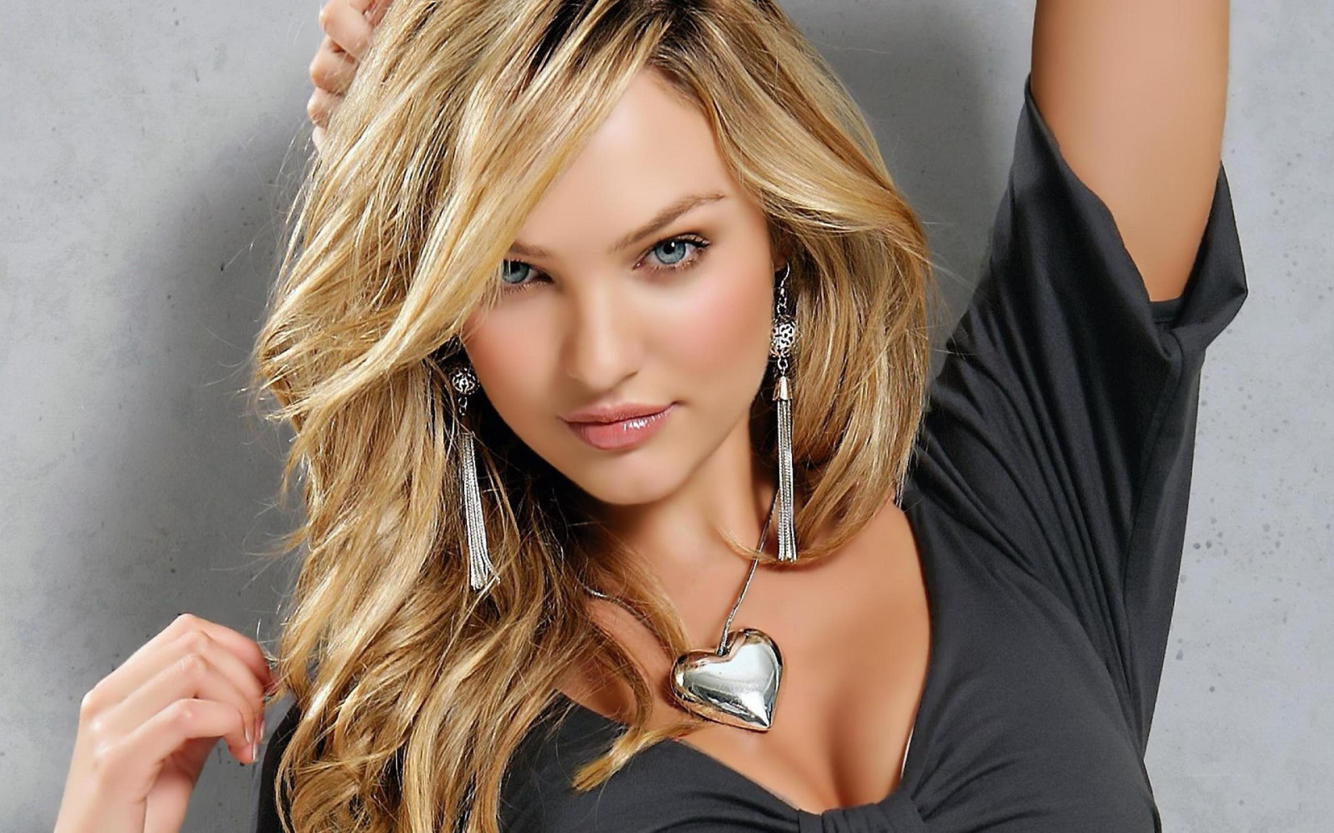 Candice Swanepoel A South African Model Wallpaper Download 5120x3200