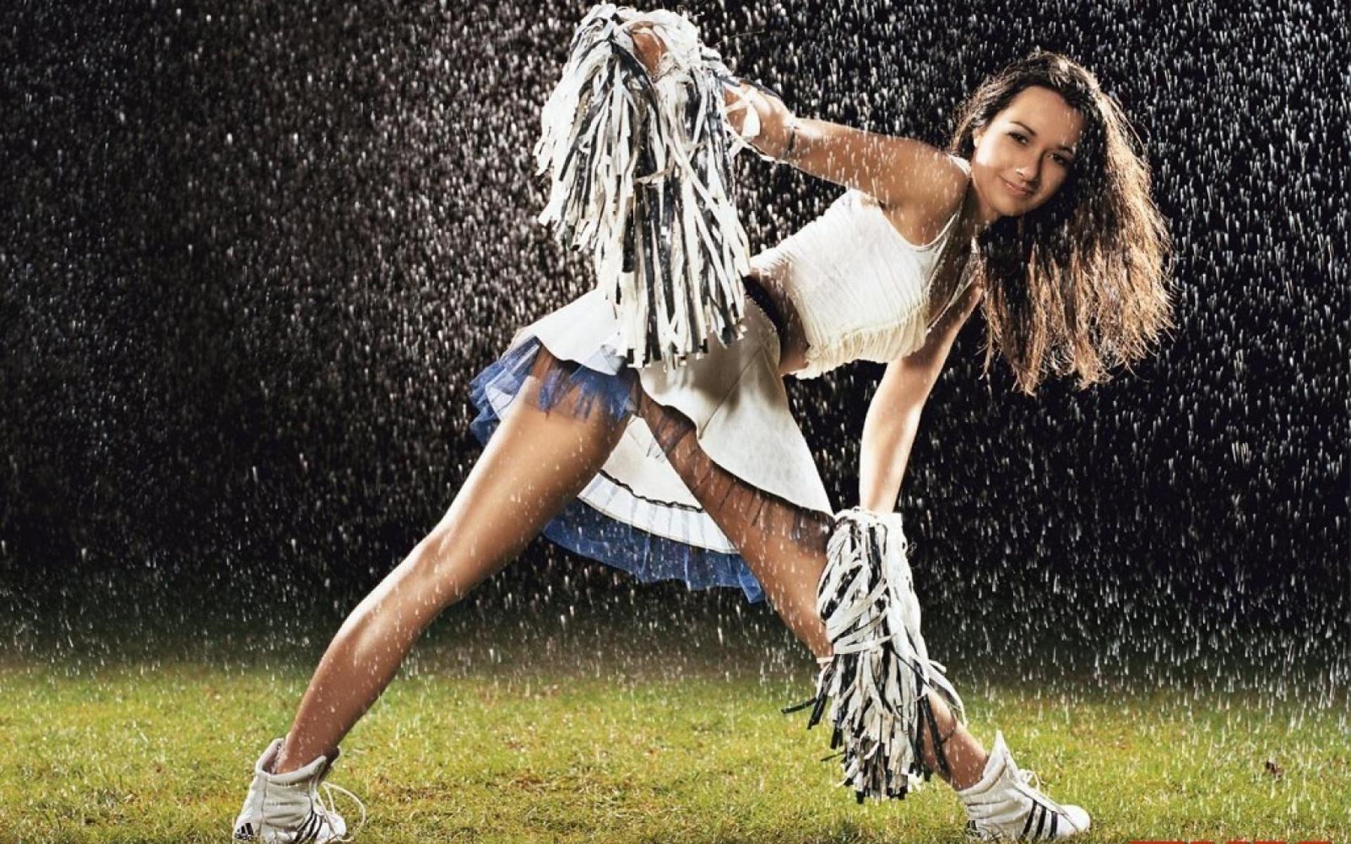 cheerleaders in the rain