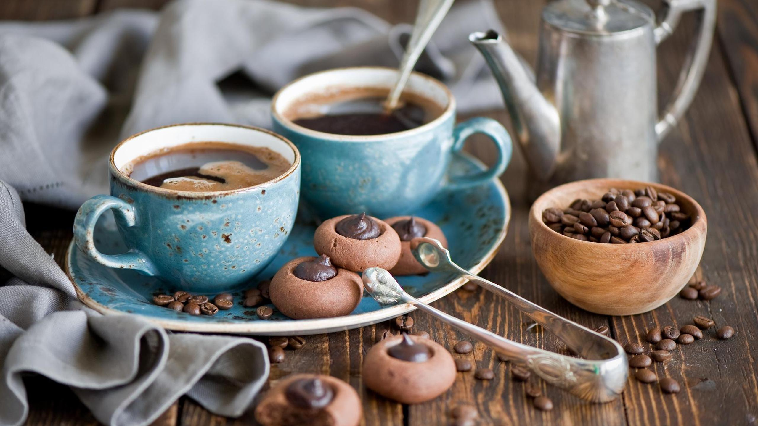 Chocolate cookies and delicious coffee in the morning Wallpaper ...