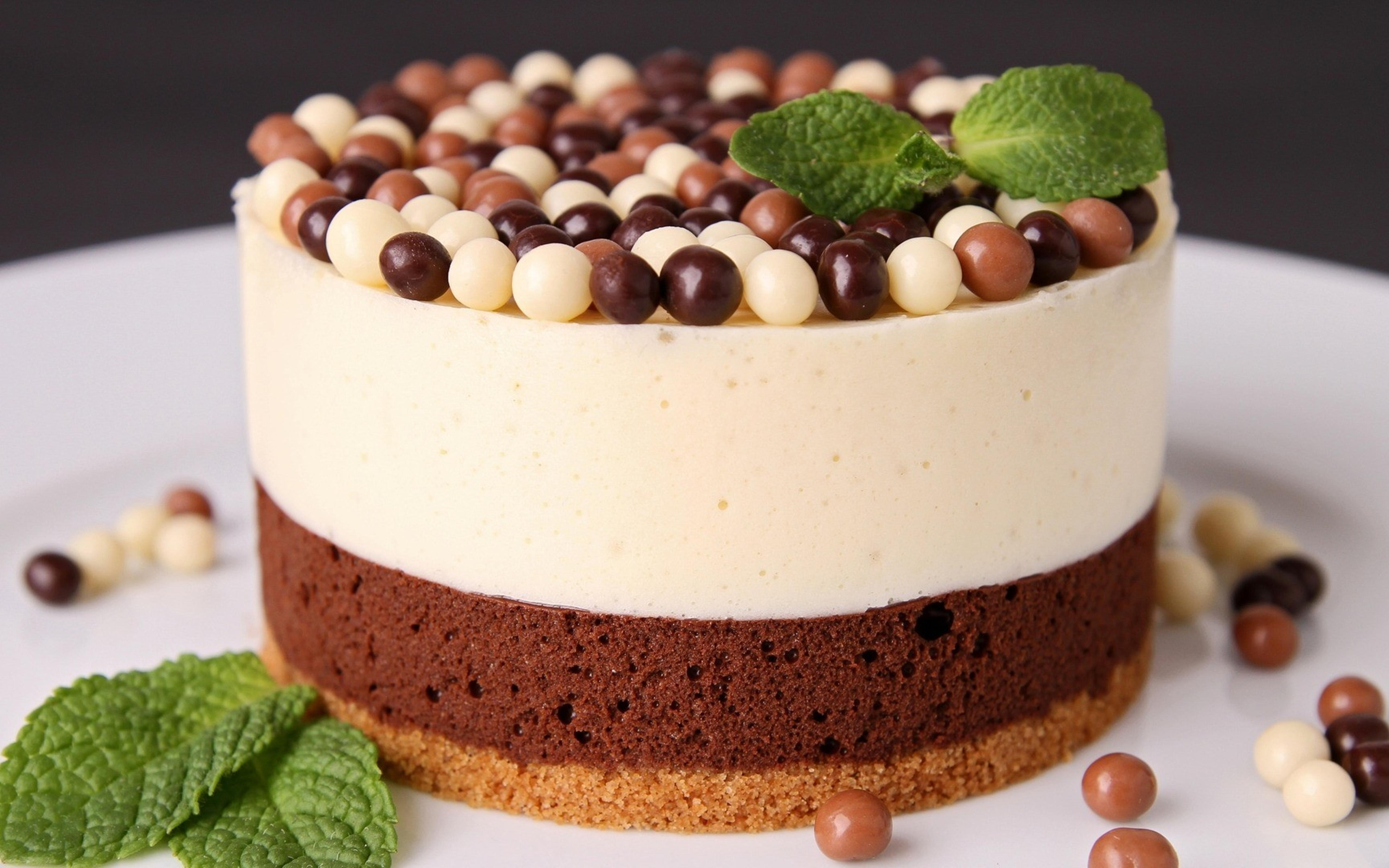 Happy Birthday with a delicious chocolate cake Wallpaper Download