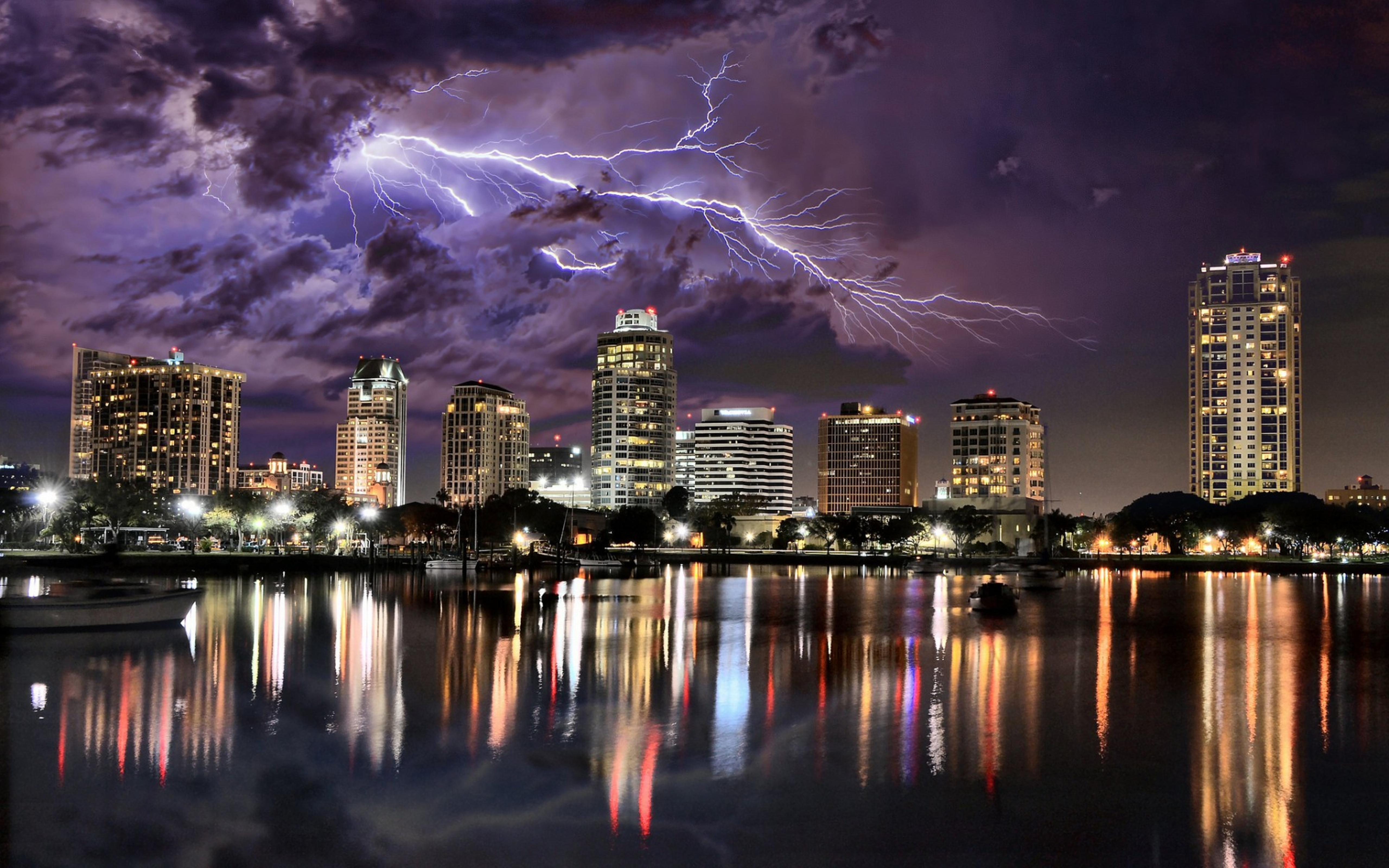 Lightning over city HD Wallpaper Download 5120x3200