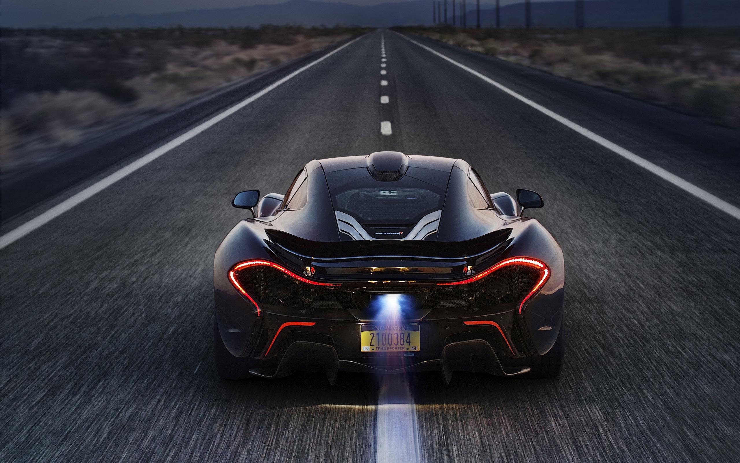McLaren P1 flame on exhaust HD