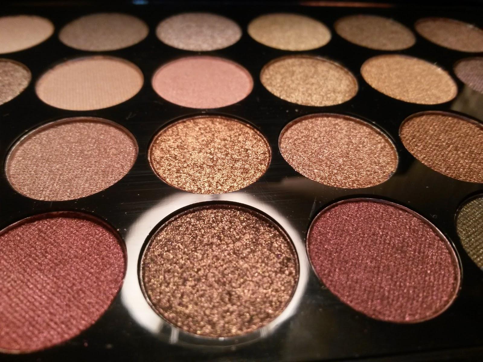 Natural colors for a professional makeup , HD wallpaper