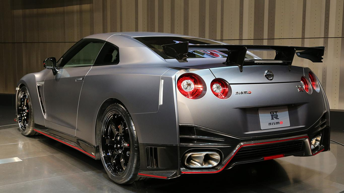nismo nissan gtr r35 wallpaper download 1366x768. Black Bedroom Furniture Sets. Home Design Ideas