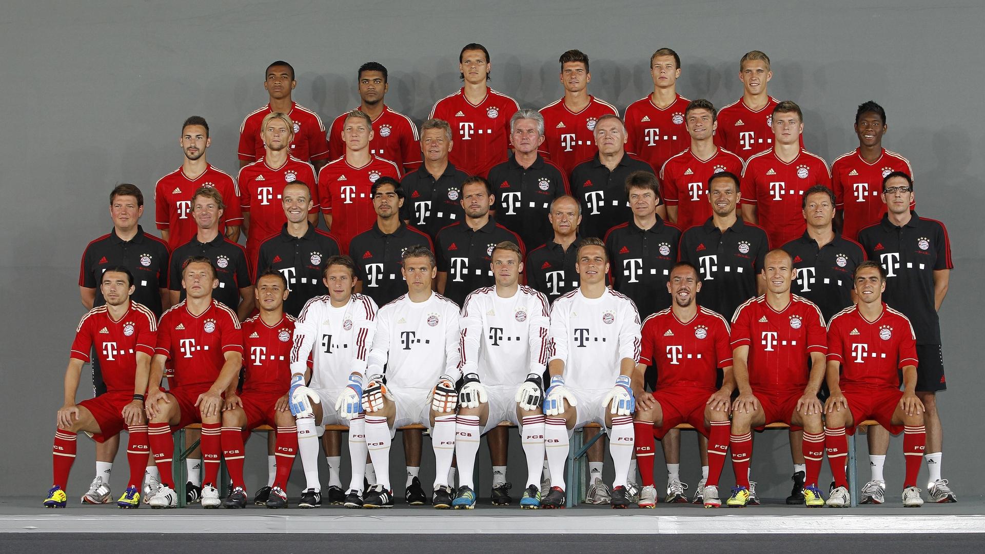 Players of fc bayern munchen team wallpaper download 1920x1080 voltagebd Images