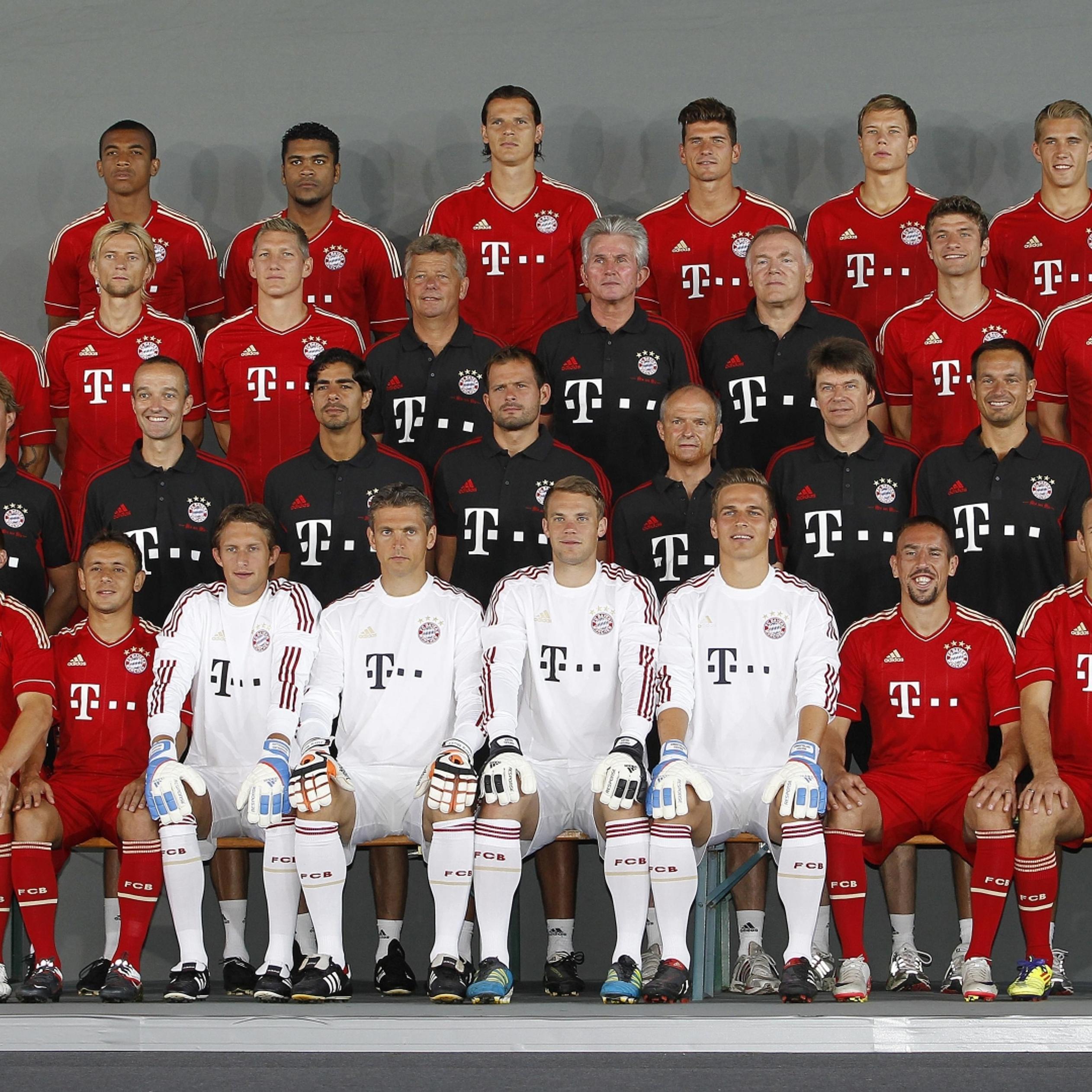 Players of fc bayern munchen team wallpaper download 2524x2524 voltagebd Images