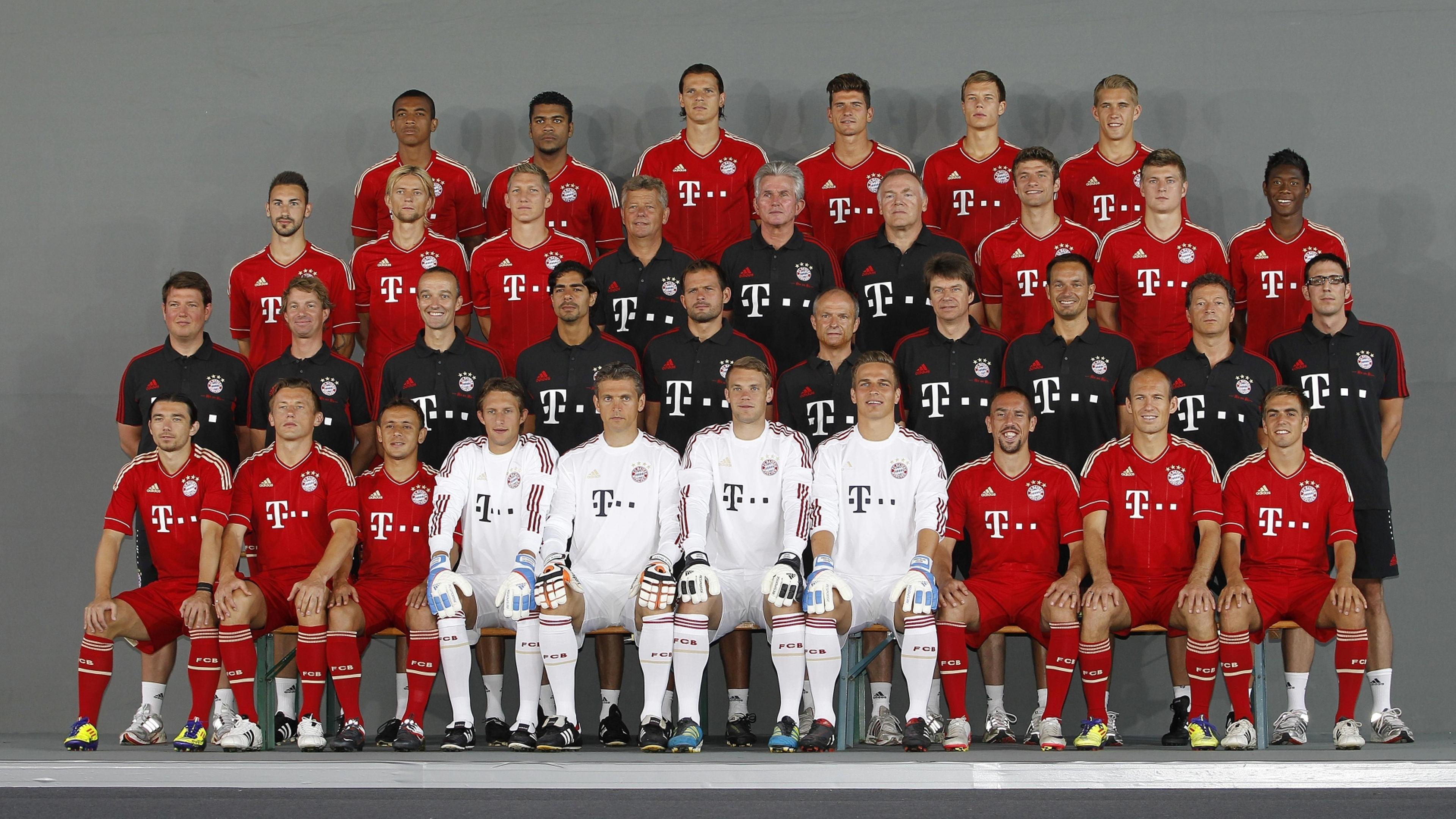 players of fc bayern munchen team wallpaper download 3840x2160