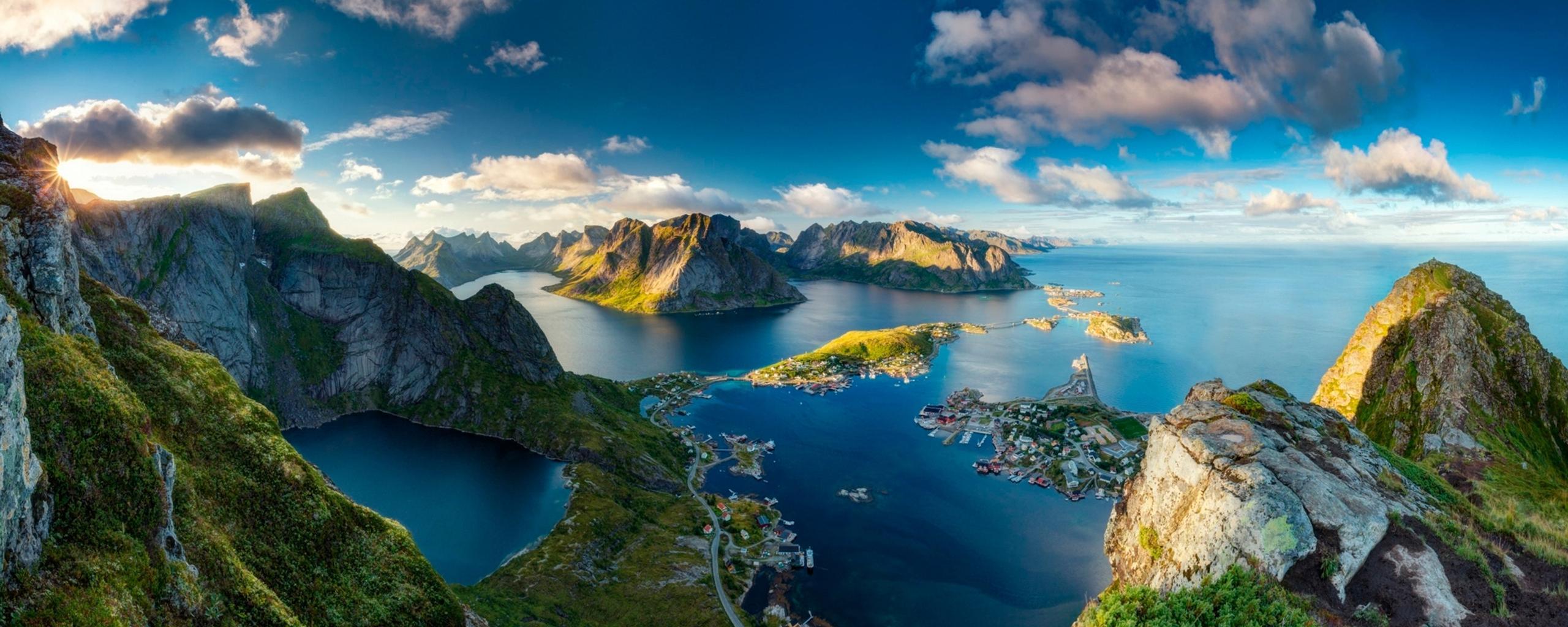reinebringen norway - stunning landscape wallpaper download 2560x1024