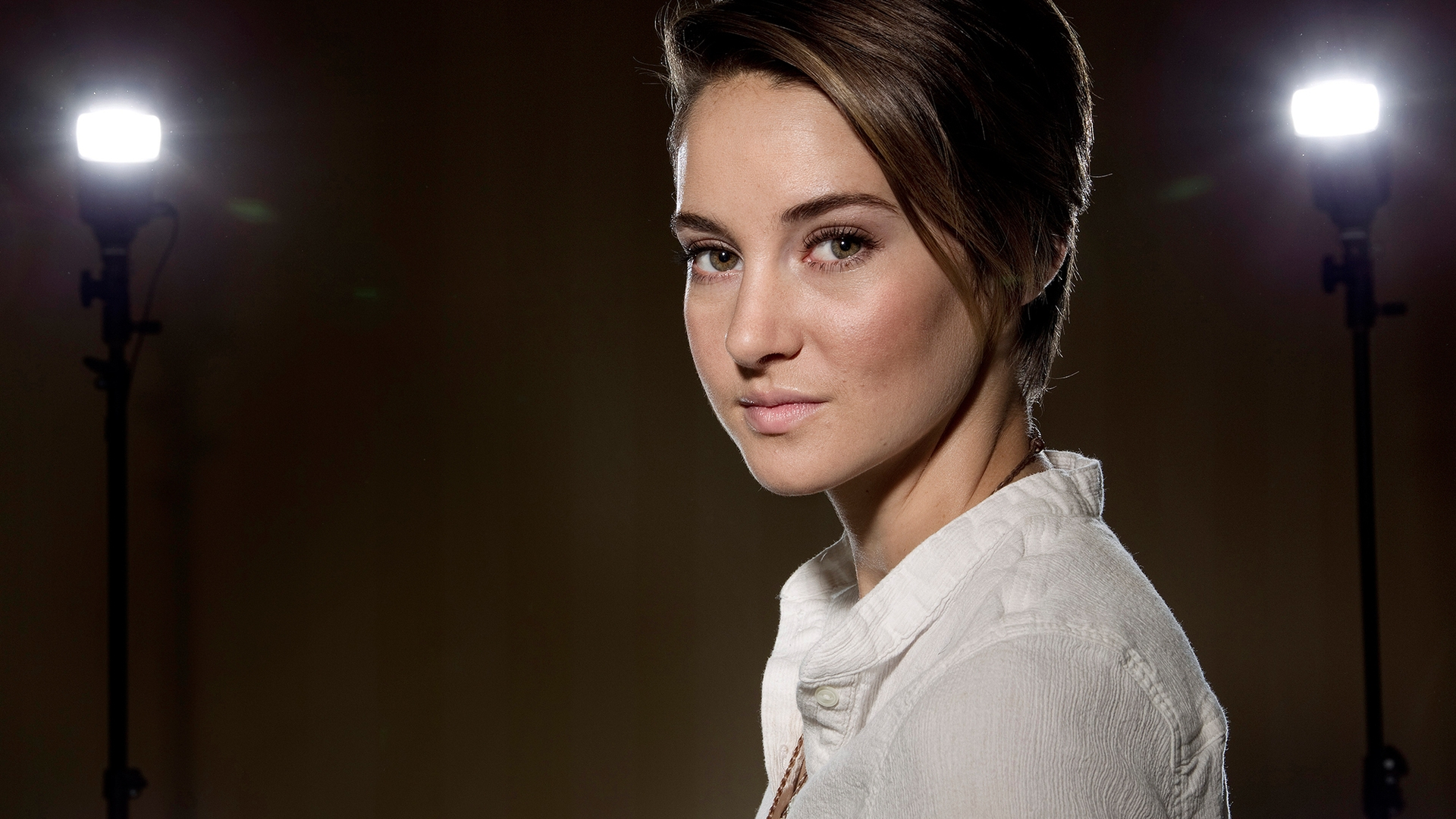 Shailene woodley hd desktopmobile wallpapers page 1 shailene woodley with short hair thecheapjerseys Choice Image