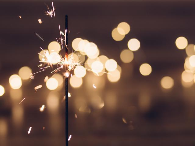 stick firework for the midnight happy new year 2018 wallpaper download 640x480