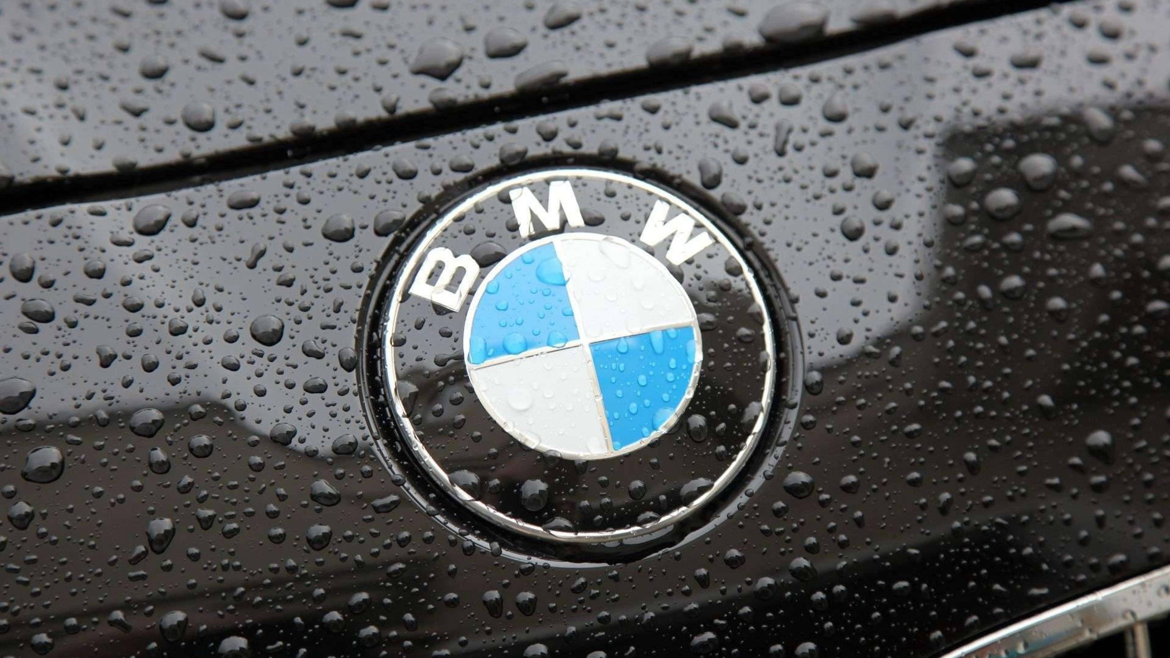 Great Wallpaper Logo Bmw - the-bmw-logo-on-a-black-car-with-raindrops-3840x2160  Snapshot_483479.jpg