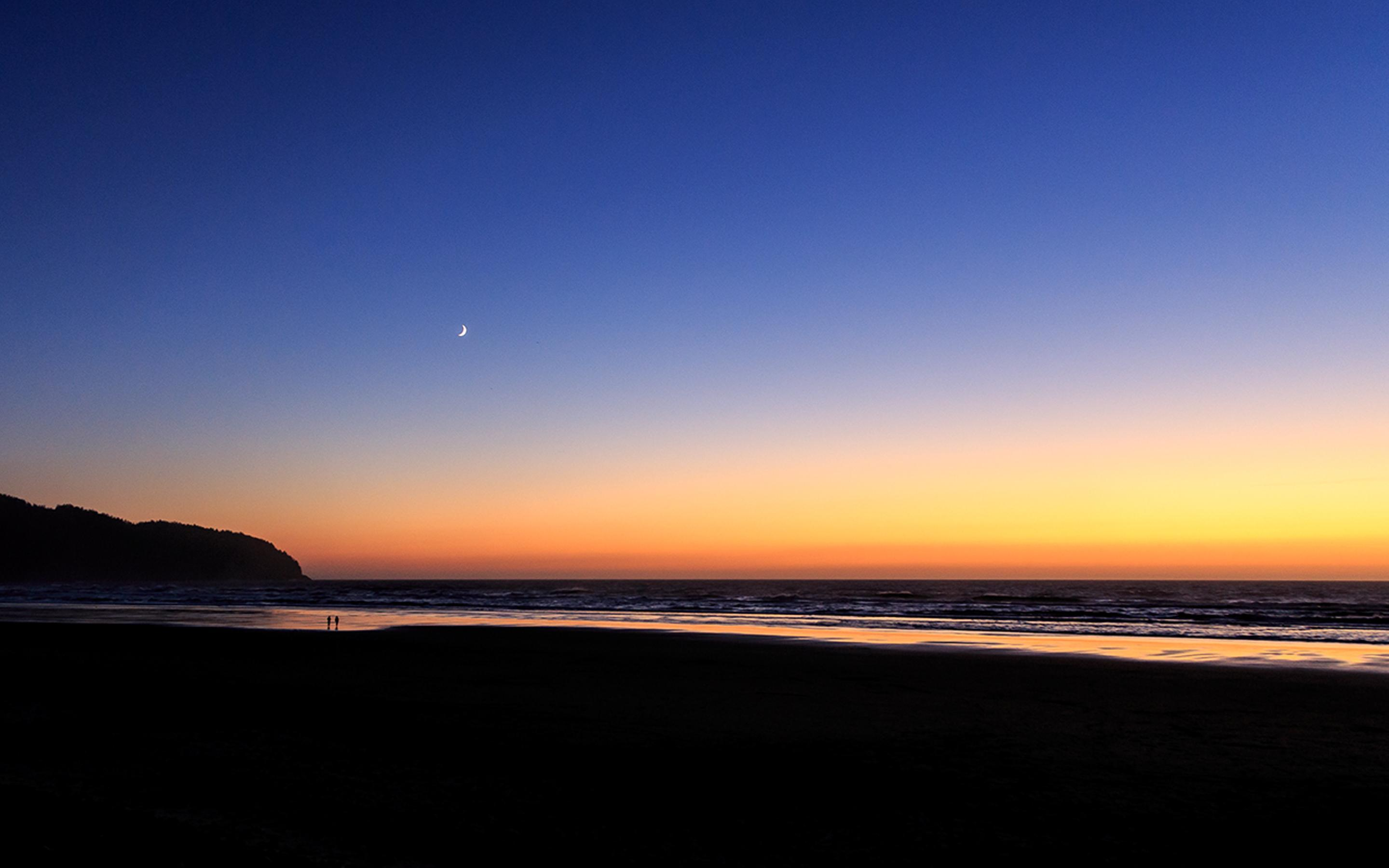 The Moon On The Clear Sky Sunset Over The Sea Wallpaper