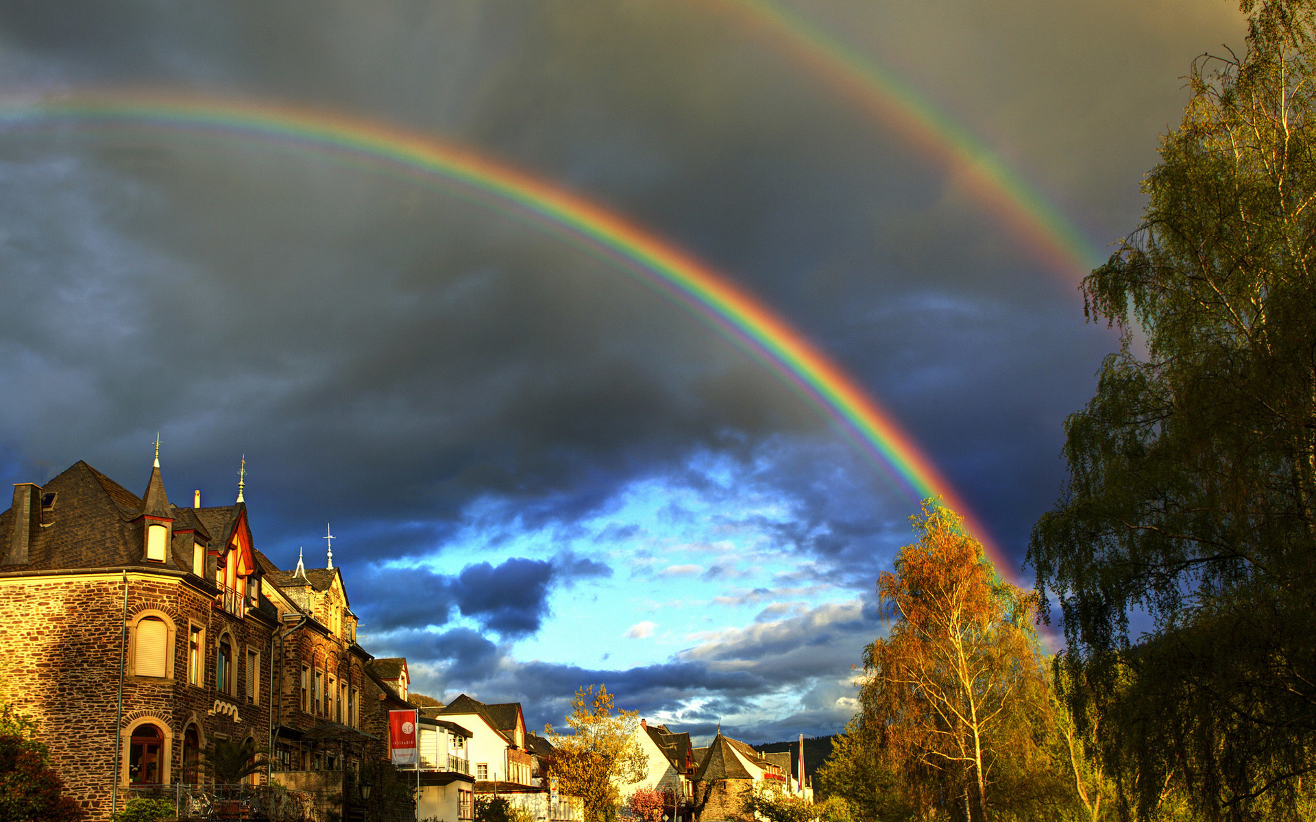 Two Rainbows Over The City