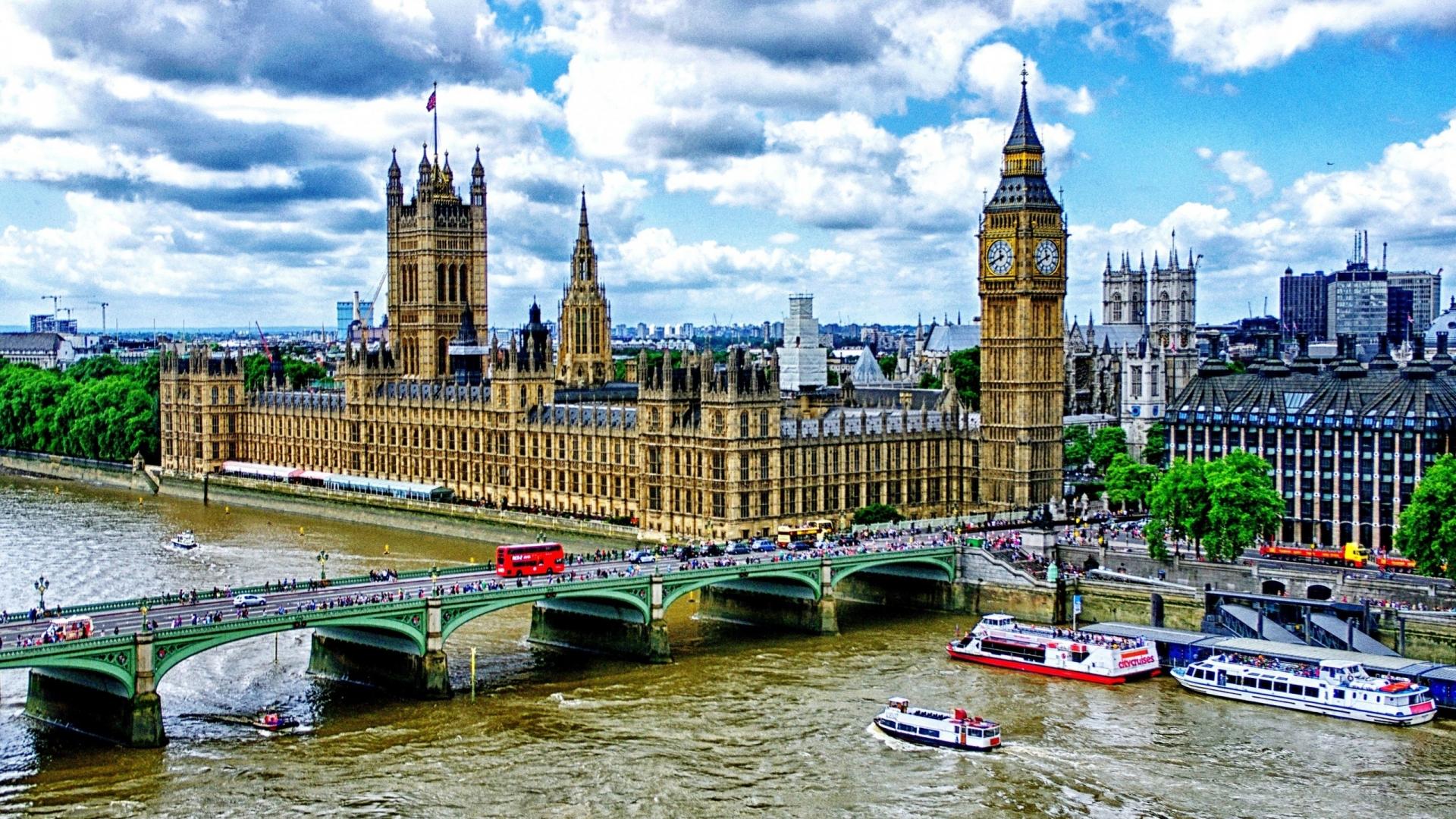 Westminster Bridge from London