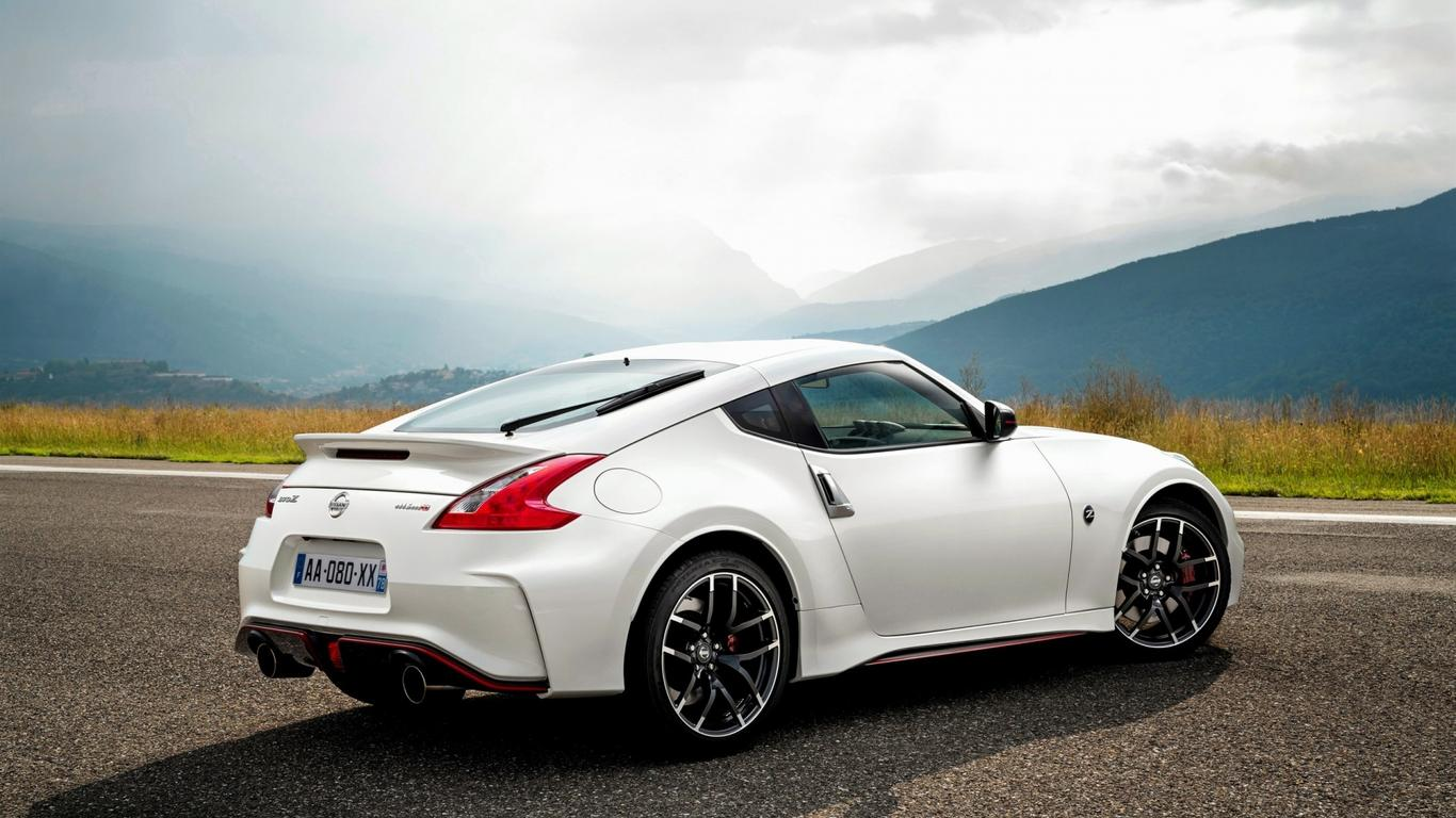 white nissan 370z - sport car wallpaper wallpaper download 1366x768