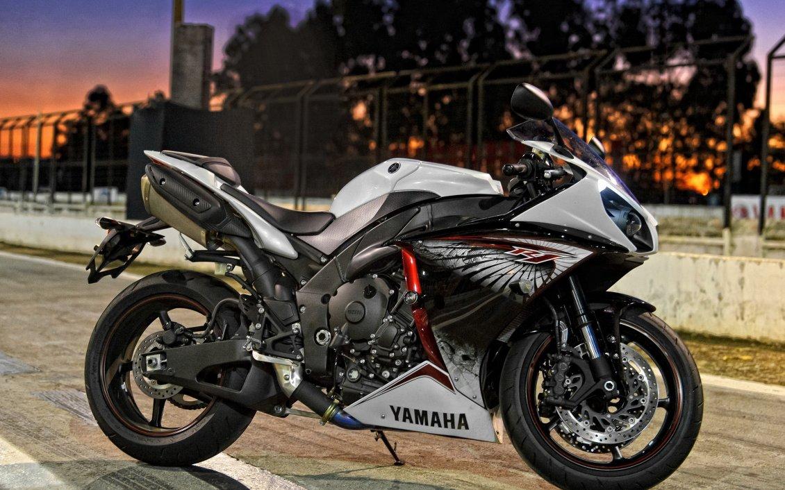 Motorcyle Yamaha Yzf R1