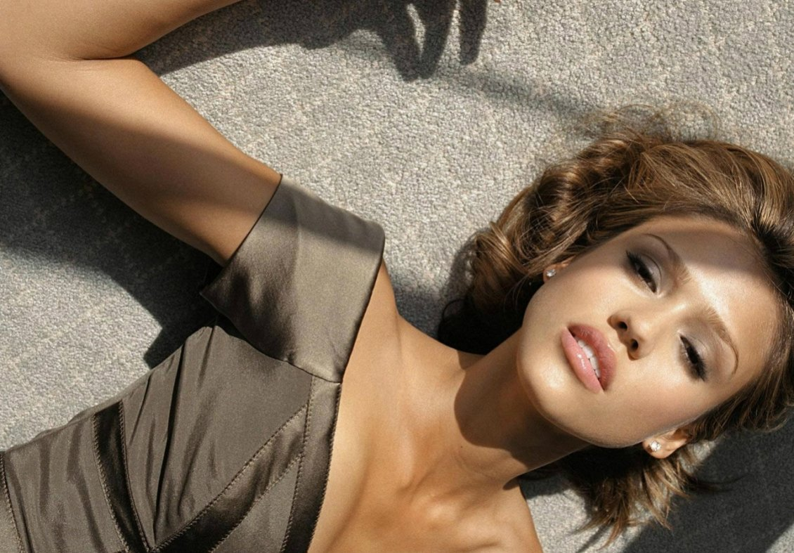 Download Wallpaper Jessica Alba - American actress, model and businesswoman