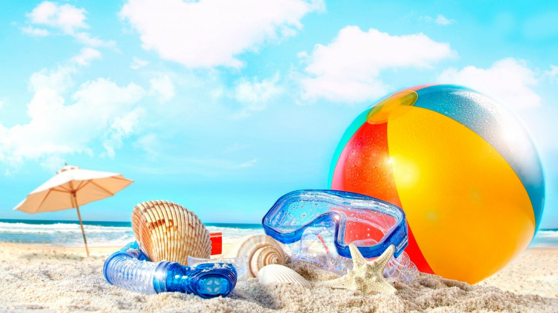 Download Wallpaper Volleyball, water glasses and shells on sand beach