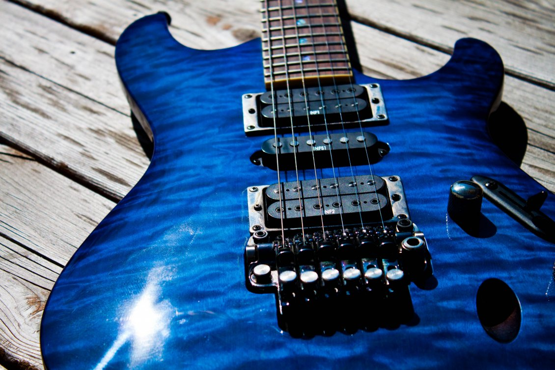 Download Wallpaper Electric blue guitar - the magic of music