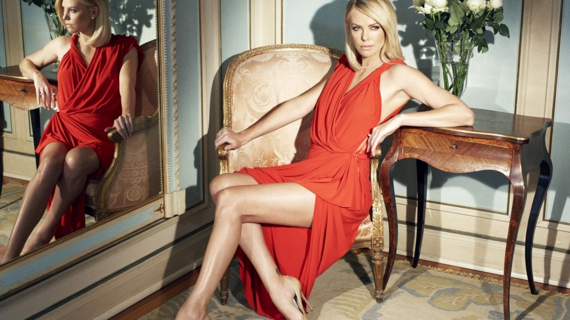 Download Wallpaper Gorgeous Charlize Theron in a red dress