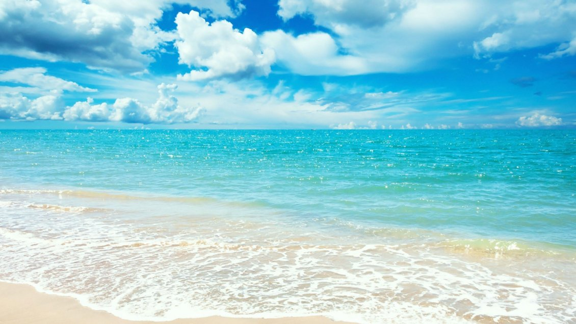 Download Wallpaper Perfect blue ocean water - Happy summer at seaside