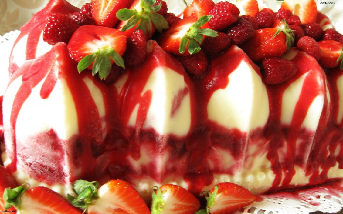 Download Wallpaper Delicious strawberry dessert perfect for a hot summer day