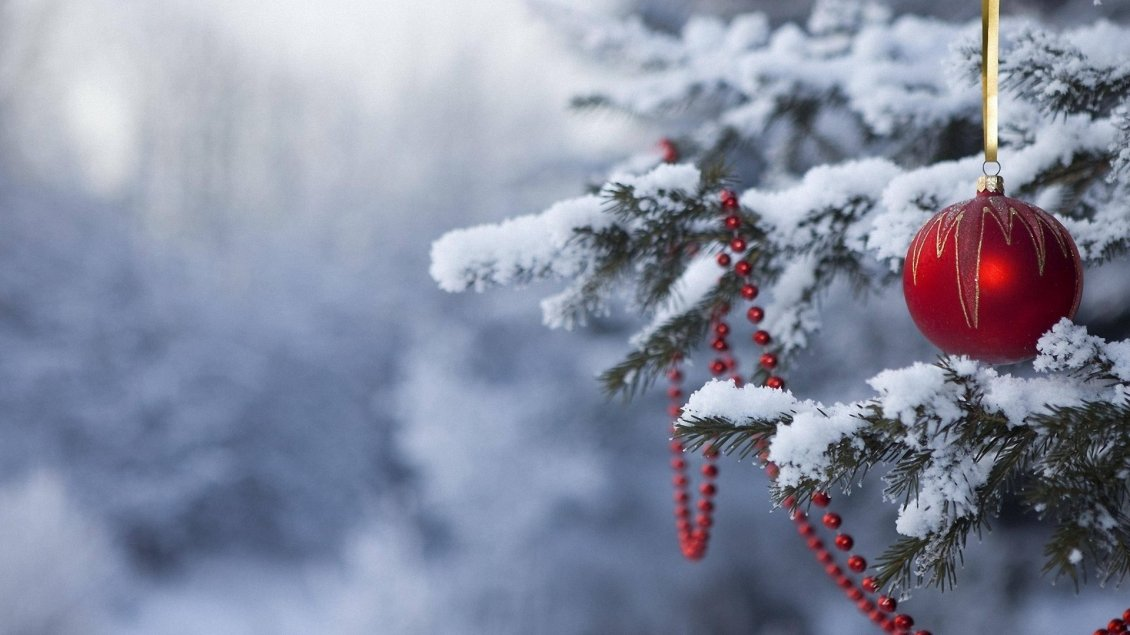 Red Accessories On The Christmas Tree Happy Winter Season
