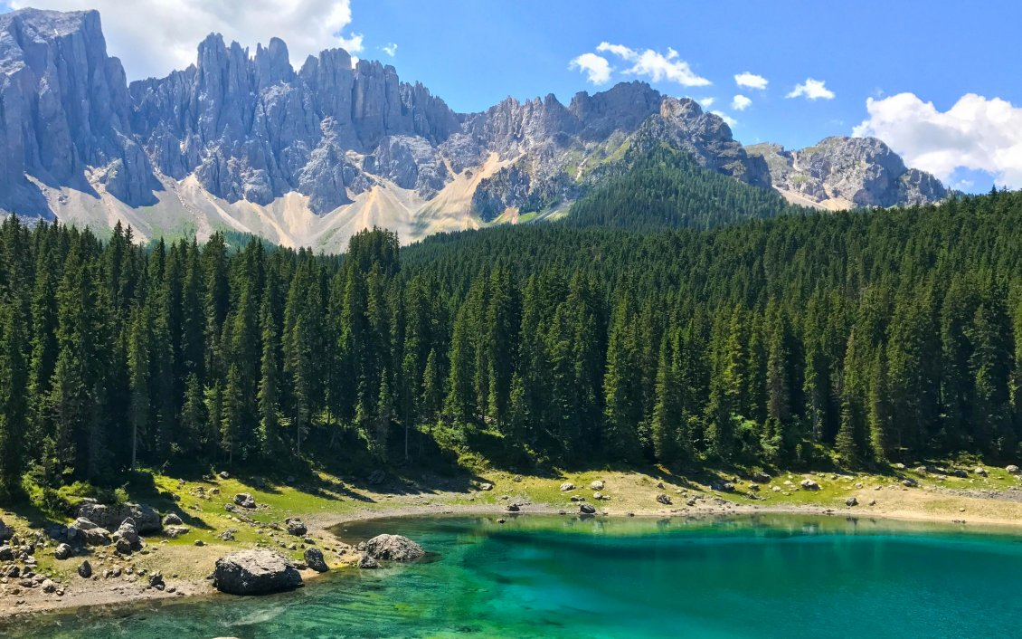 Download Wallpaper Small mountain lake in Italy - Wonderful nature landscape