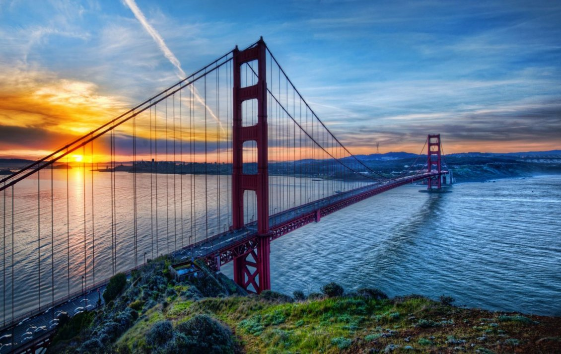 Download Wallpaper Good morning sunshine - Big red bridge over water
