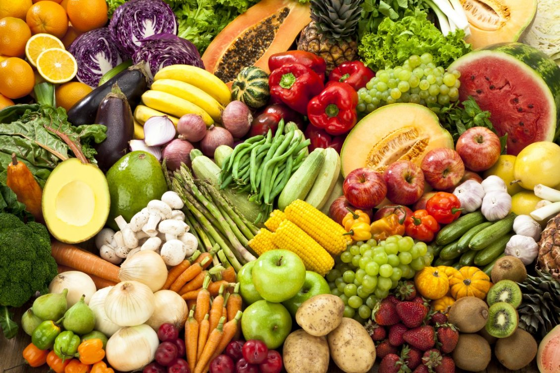 Download Wallpaper Vitamins on a wallpaper - Fruits and vegetable rainbow style