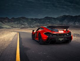 McLaren P1 going through the mountains