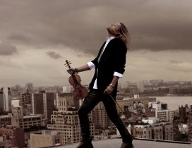 David Garrett with his violin on a block