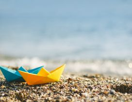 Paper boat ready to go on the ocean - HD summer wallpaper
