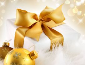 Golden Christmas accessories - ribbon and balls