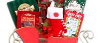 Santa's sleigh full with presents - Books for kids