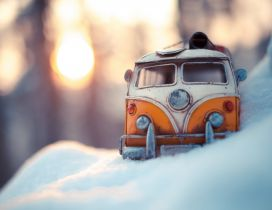 Rusty old car in the snow - Wonderful winter season