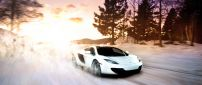 Take a ride with a wonderful white Lamborghini car