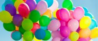 Wonderful rainbow made from colorful balloons - HD wallpaper