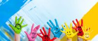 Hello funny colorful hands - HD wallpaper