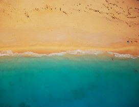 Golden sand and blue sea water - Wonderful summer day