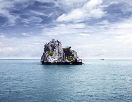 Big rock in the middle of the ocean - Summer Holiday time