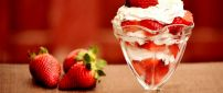 Delicious strawberry cake on a glass with cream - HD sweet