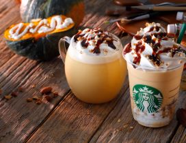 Starbucks drink in a cold Autumn day - Pumpkin pie