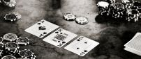Black and white poker game on the table - HD wallpaper