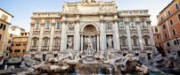 Wonderful Fountain in Italy - Romantic holiday for lovers